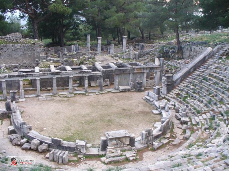 شهر باستانی پیرنه کوش آداسی (3)